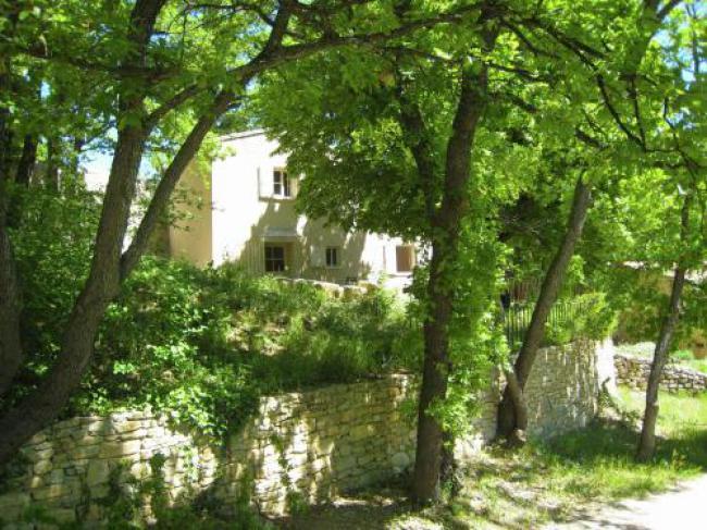 Cozy Cottage in Peaceful Hamlet Saint-Martin-de-Castillon-La-Trinite