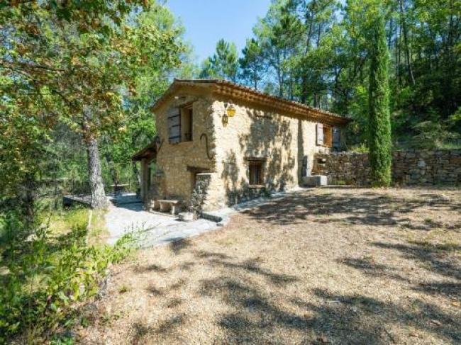 Historic Holiday Home in Barjols Provence with Terrace-L-Eau-Salee