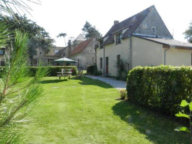 Rural Cottage in Wierre-Effroy surrounded by Fruit Trees-Londefort