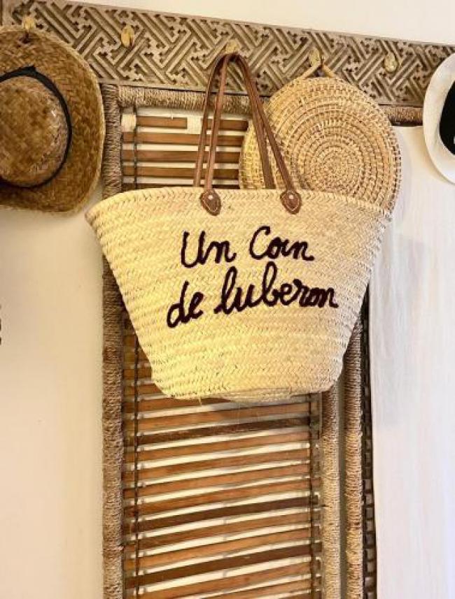 Un Coin De Luberon-Un-Coin-De-Luberon