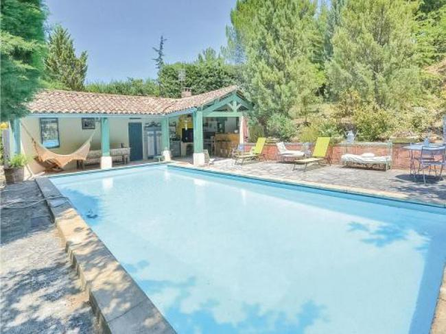 Two-Bedroom Holiday home Roussillon 0 02-Two-Bedroom-Holiday-home-Roussillon-0-02