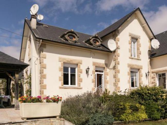 Maison De Vacances - Ambrugeat La Sagne 1-Maison-De-Vacances--Ambrugeat-La-Sagne-1
