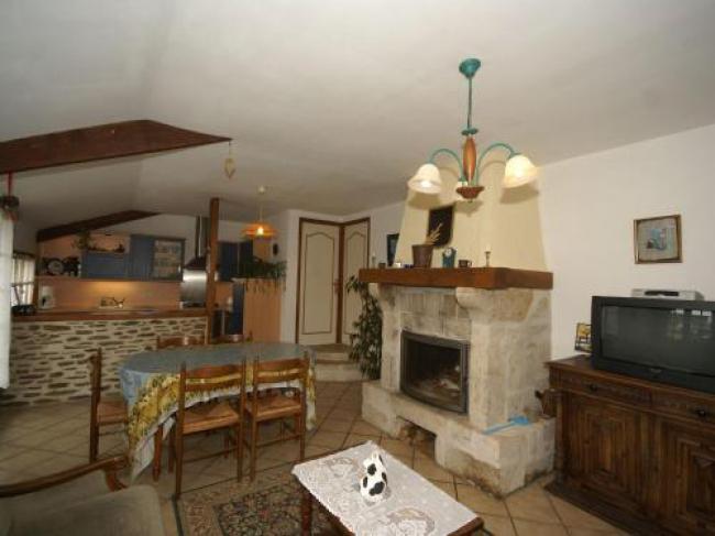 Maison De Vacances - Montaigu-La-Brisette-Maison-De-Vacances--Montaigu-La-Brisette