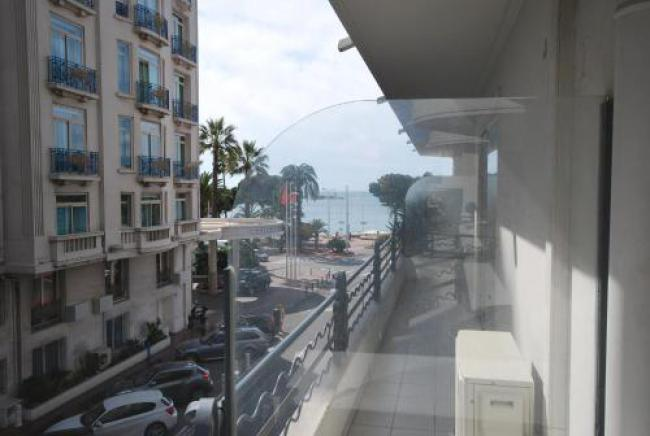 Two Bedrooms Apartment Croisette et Mer-Two-Bedrooms-Apartment-Croisette-et-Mer