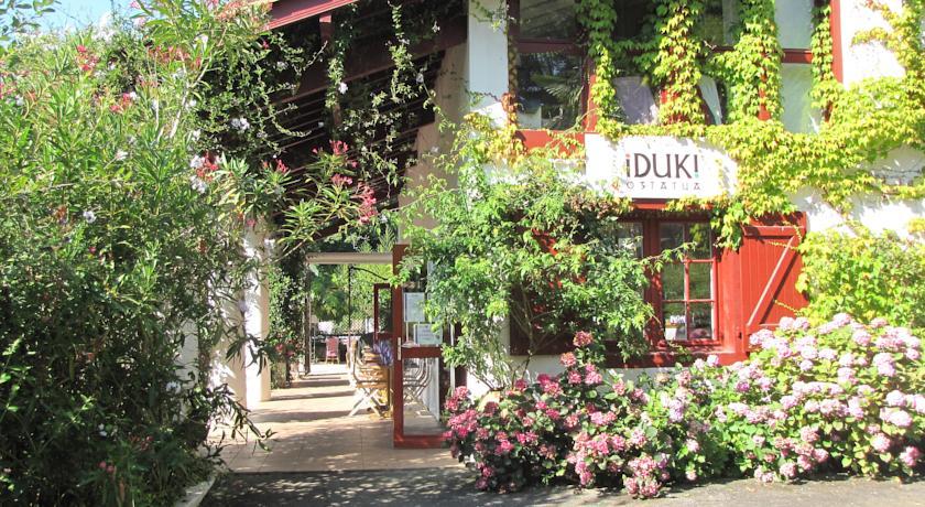 Les Collines Iduki-Les-Collines-Iduki