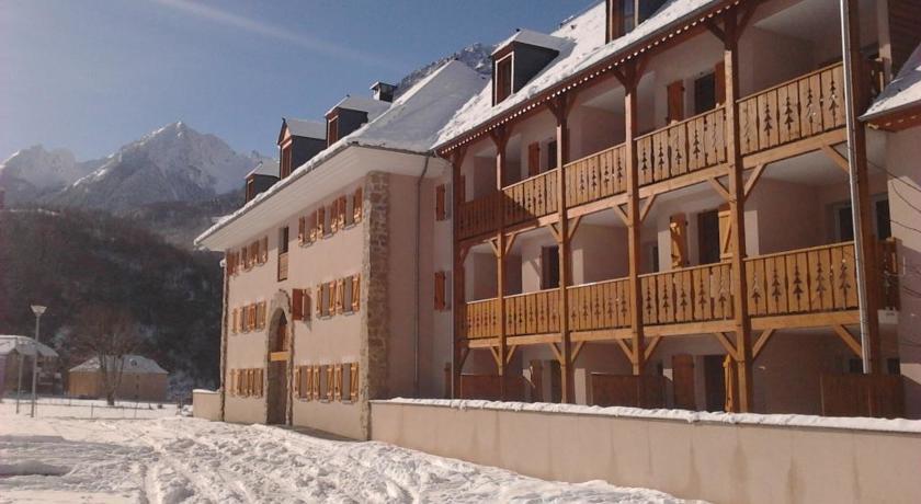 Domaine Val De Roland-Residence-Val-de-Roland