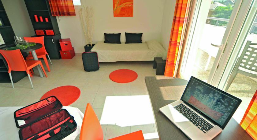 Appart'City Thonon les Bains (Ex Park&Suites)-Appart-City-Thonon-les-Bains-Ex-Park-Suites-
