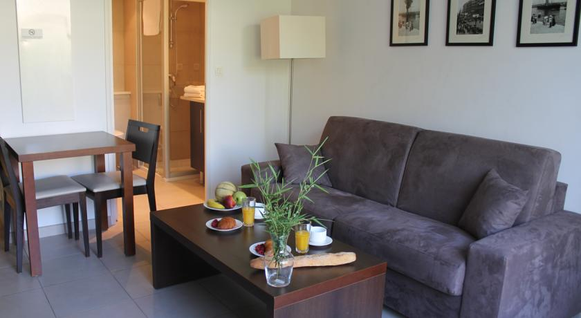 Residence Services Calypso Calanques Plage-Residence-Services-Calypso-Calanques-Plage