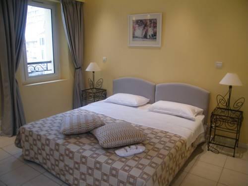 Cannes Holiday Suites-Cannes-Holiday-Suites