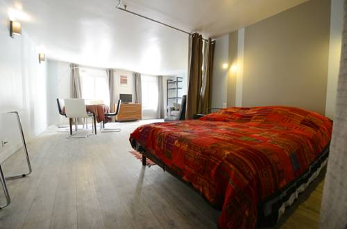 Into Paris - Appartement Hotel de Ville-Into-Paris-Appartement-Hotel-de-Ville