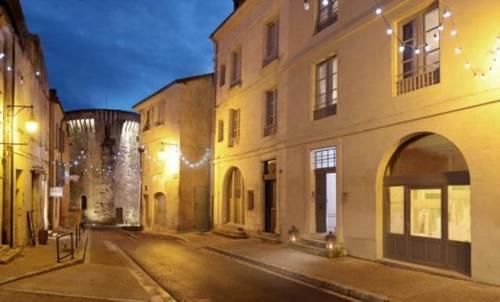 Suites de La Tour Périgueux Centre-Suites-de-La-Tour-Perigueux-Centre