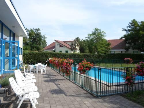 Appart'Hotel Les Acacias-Appart-Hotel-Les-Acacias