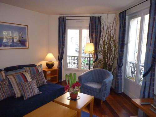 Apartements Basfroi-Apartements-Basfroi