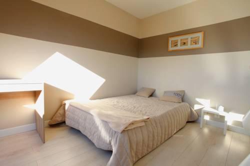 appart 39 hotel ocean cherbourg octeville 50. Black Bedroom Furniture Sets. Home Design Ideas