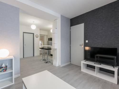 Appart Hôtel Bourgoin-Appart-Hotel-Bourgoin