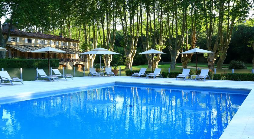 Le Moulin De Vernègues-Le-Moulin-de-Vernegues-Hotel-Spa