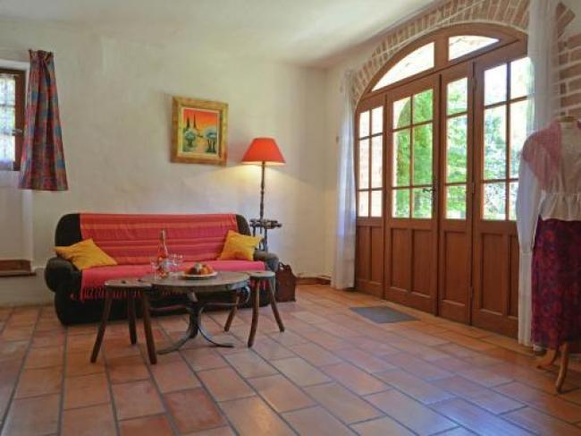 Quaint Villa with Garden in Bagard France-Vieux-Mas-Martial