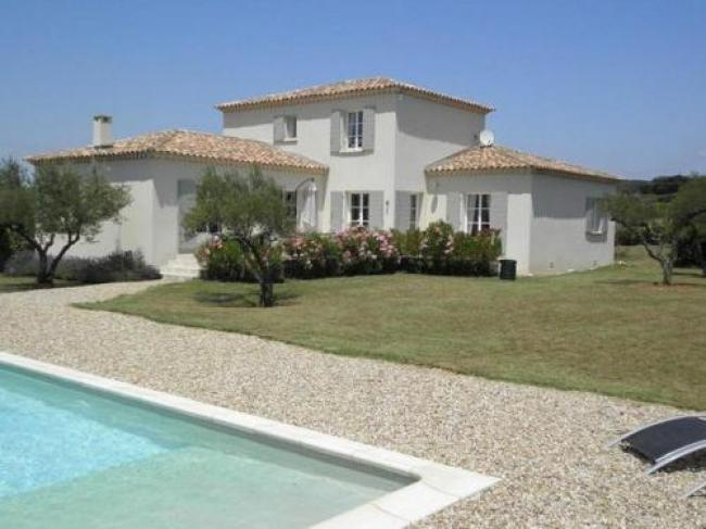Luxury Villa in Flaux with Swimming Pool-Colline